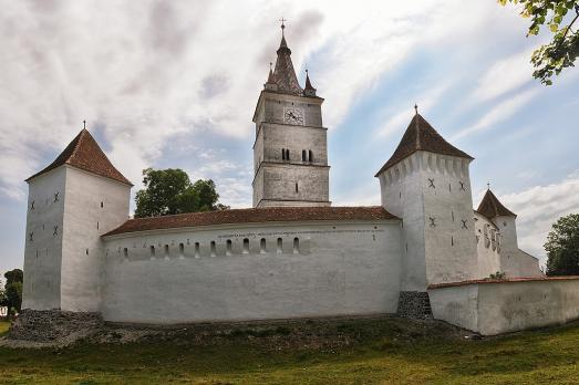 Hărman Fortified Church