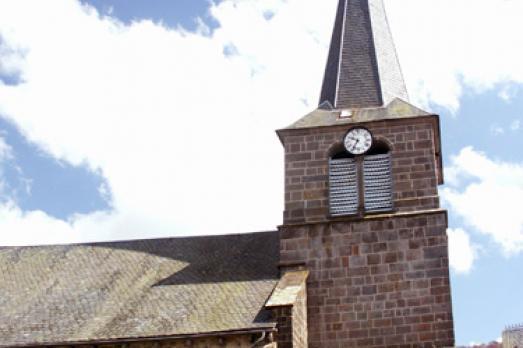Eglise Saint-Austremoine d'Egliseneuve-D'Entraigues