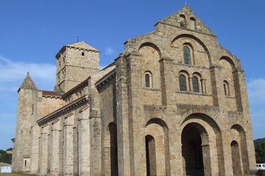 Church of Notre-Dame, Châtel-Montagne