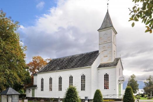 Øystese kyrkje